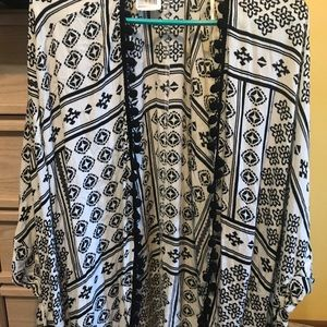 Forever 21 Women's Cardigan Ivory/Black NWT